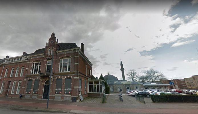 Het voormalige restaurant De 4 Azen op de Willemstraat in Eindhoven. Het wordt momenteel omgebouwd tot 8 appartementen.