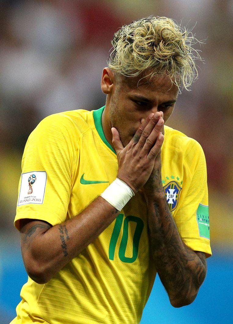 Neymar zette haartechnisch hoog in bij de eerste wedstrijd. Een gok die vooral goed bleek voor de hashtag #noodles. Beeld Getty Images