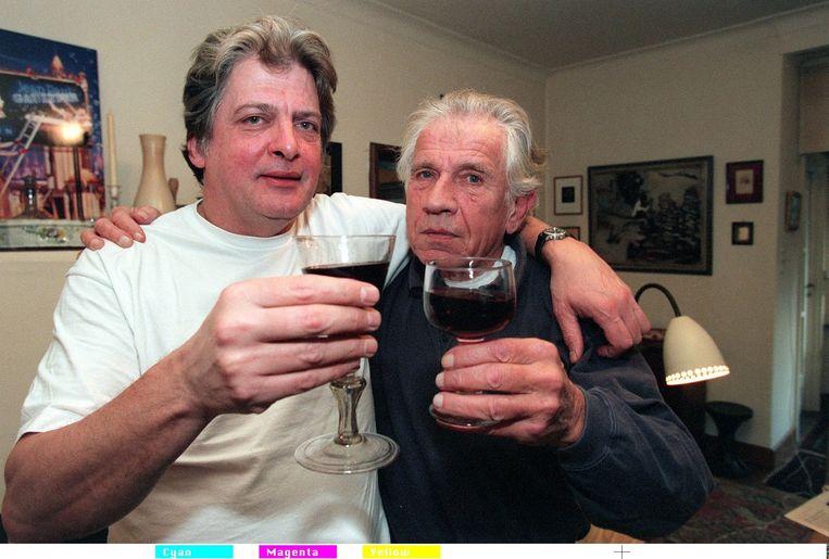 Gerard Reve (rechts) en zijn laatste levenspartner Joop Schafthuizen. Beeld ANP
