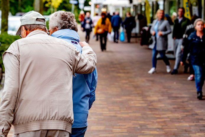 Dementerende personen beginnen soms aan een wandeling, maar raken de weg kwijt.