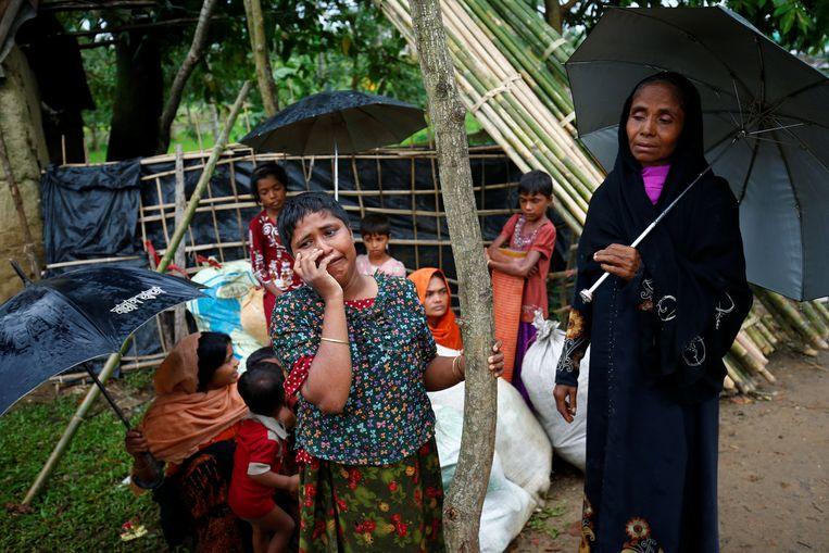 Vluchtelingen komen aan in het vluchtelingenkamp Kutupalang in Cox's Bazar in Bangladesh. Beeld reuters