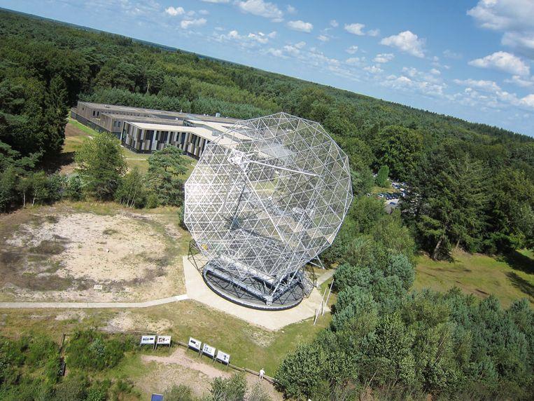 De radiotelescoop in het Drentse Dwingeloo. Beeld TRBEELD