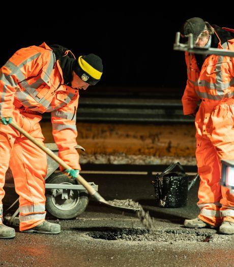 Vorstschade asfalt Liemers valt mee: 'Wel paaltjes en verkeersborden geraakt door gladheid'