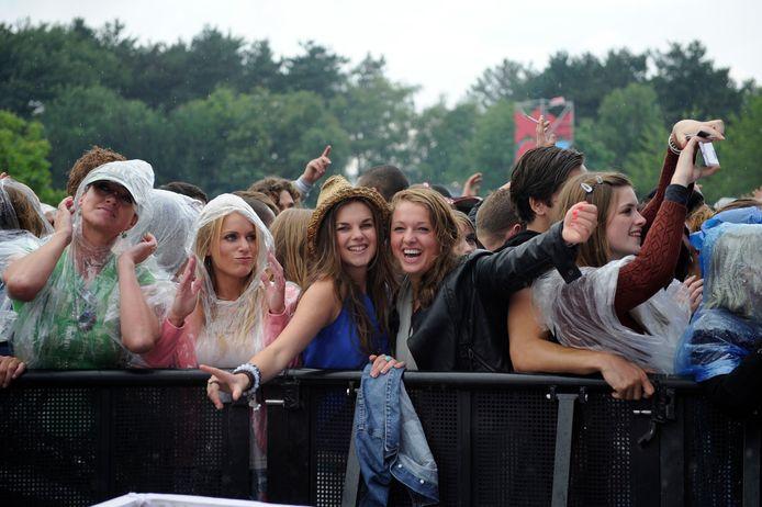 De Brabantse burgemeesters hebben voor komend weekeinde niet alleen sportwedstrijden en carnavalsoptochten verboden, maar ook dancefeesten. Een daarvan is Pussy Lounge in Best. De organisatoren daarvan hebben de bezoekers meteen op de hoogte gebracht.