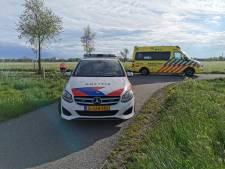 Fietser en scooterrijder botsen op elkaar in Wageningen