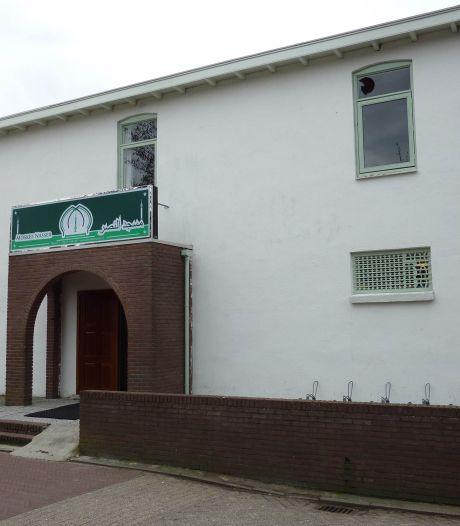 'Veenendaal en Ede infiltreerden illegaal in moskeeën': 'Dit voelt als een mes in je rug'