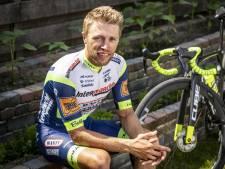 Wielrenner Maurits Lammertink ernstig gewond na ongeluk in Hengelo