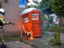 Vrouw in Deventer wil brand zelf blussen, maar dat gaat mis (en dat kan de brandweer niet waarderen)