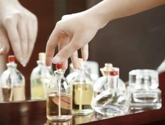 Twee parfumdieven opgepakt