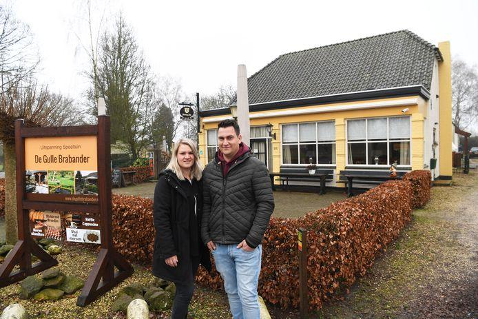 Karla Heesters (27) en Koen van Eert (28)  uit Biest Houtakker
