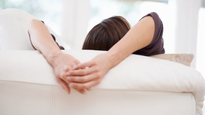 """""""Er zijn dingen gebeurd met mijn lichaam"""": man verkracht zijn vriendin meermaals terwijl ze bewustzijn verliest door GHB"""