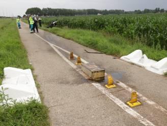 Vooruit vraagt extra signalisatie aan tractorsluizen op parallelweg E34