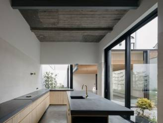 Opvallend verbouwd: van donkere carwash tot lichtrijk woonhuis