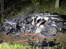 Un père de 45 ans meurt dans un accident sur la E40 à Loppem, son fils sauvé in extremis des flammes