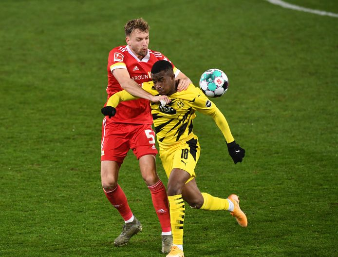 Youssoufa Moukoko is de jongste doelpuntenmaker ooit in de Bundesliga.