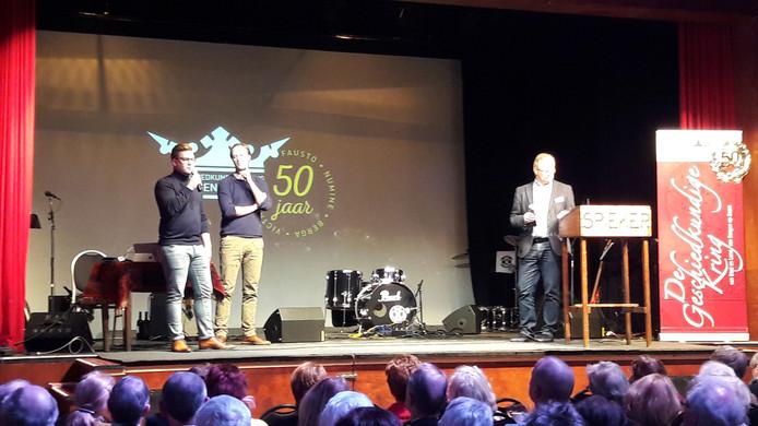 In het Zwijnshoofd werd zaterdagmiddag de aftrap gegeven voor de viering van het 50-jarig van de Geschiedkundige Kring Bergen op Zoom