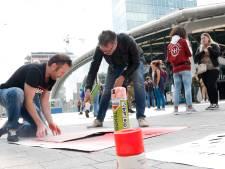 Tekeningen op Utrechtse straten en muren: War Child vraagt aandacht
