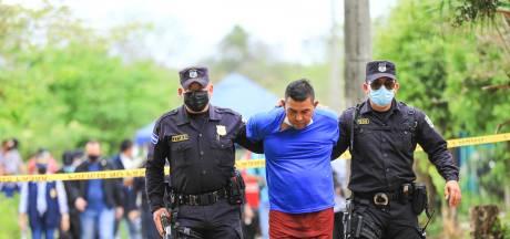 Gruwelvondst: zeven vrouwen en drie kinderen begraven op land van oud-politieagent