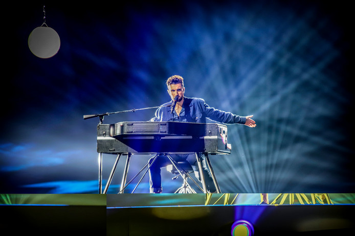 07-05-2019 ISRAEL , JERUZALEM : Duncan Laurence tijndes de eerste repetitie voor het Eurovisie Songfestival
