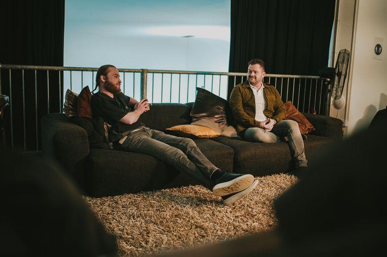 Rapper Donnie en zanger Frans Duijts lanceren hun gezamenlijke single vol zelfspot: Frans Duits. Beeld 8ball Music