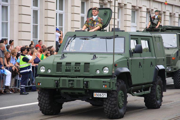 Een LMV(Light Multirole Vehicle) tijdens het militair defilé op 21 juli. Beeld Defensie