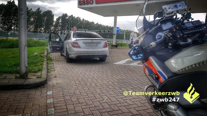 Spaanse bestuurder moet rijbewijs inleveren nadat hij met 230 km/u over A16 bij Breda racet.