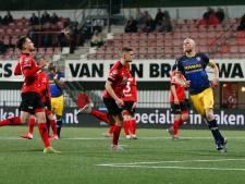 Helmond Sport geeft zege uit handen tegen tiental FC Dordrecht; 18 duels zonder overwinning
