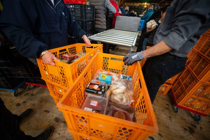 De Voedselbank Almelo dreigt diep in de financiële problemen te komen.