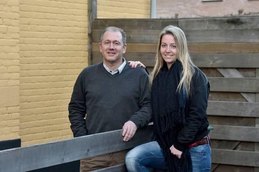 Met vader en voetbaltrainer (en ex Vitesse-speler) Wilco Klop, die zijn dochter ook als coach onder zijn hoede had.