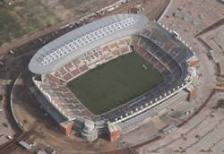 Peter Mokaba Stadium à Polokwane.