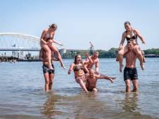Tropisch warm in Rotterdam: bruggen worden gekoeld en testlocaties sluiten eerder