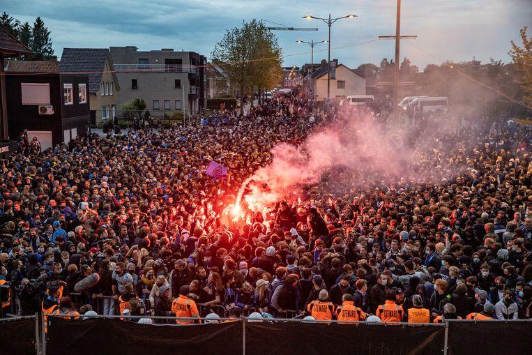Korpschef Brugge over uitbundige kampioenenviering: 'Supporters moeten kans  krijgen om feest te vieren' | De Morgen