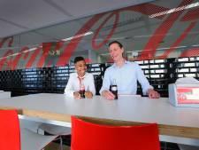 Gerson (13) is voor één dag de baas bij Coca-Cola