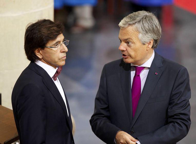 'Reynders en Di Rupo verafschuwen elkaar, maar sloten een deal over de renovatie van twee Waalse stations, in hún thuis basissen. Dáár zie je het duistere gezicht van de PS en de MR.' Beeld BELGA