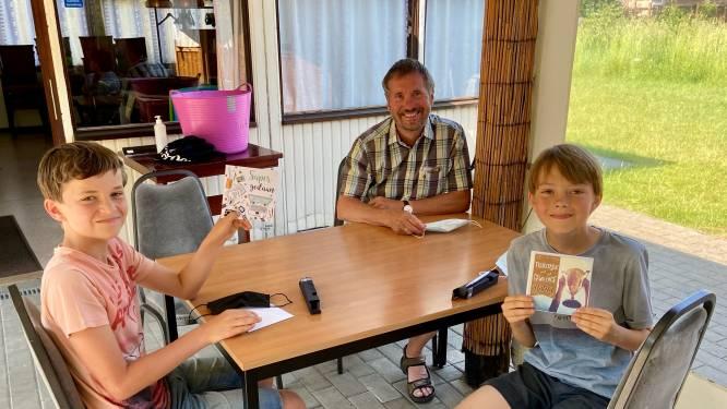 Pennenvrienden ontmoeten elkaar voor het eerst na schooljaar lang brieven schrijven