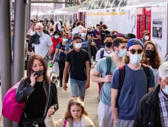 """""""Blijf weg van de zee! De Noordzee is van iedereen, maar het virus ook"""": gouverneur roept op om vandaag niet met de trein naar zee te gaan"""