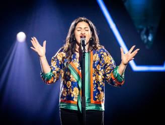 """Anna Monaco uit 'The Voice' zocht na de dood van haar tante toevlucht in haar geloof: """"Twee keer per week naar de kerk"""""""