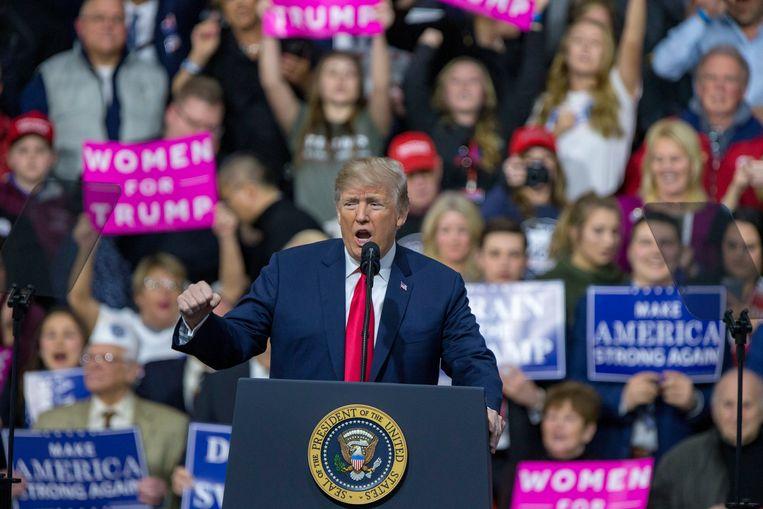Trump op de rally in Moon Township, Pennsylvania. Beeld Photo News