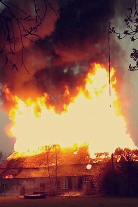 Brand verwoest woning in Sint-Michielsgestel