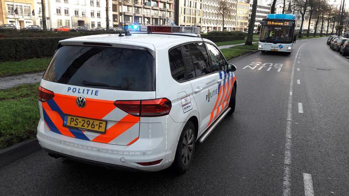 Een voetganger werd aangereden door een lijnbus op Jansbinnensingel in Arnhem, eerder deze maand. Foto ter illustratie.