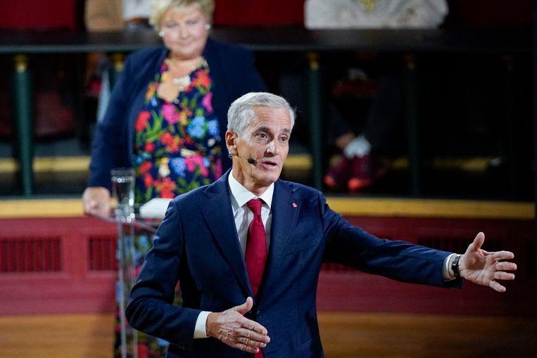 Partijleider Jonas Gahr Støre van de sociaaldemocraten tijdens een debat voorafgaand aan de verkiezingen in Noorwegen. Beeld AFP