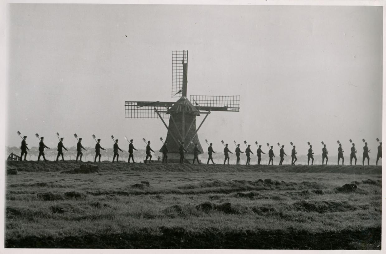 Friesland, nabij Workum, mei 1942.   Beeld Fotograaf onbekend / Fries Verzetsmuseum