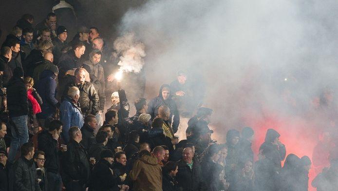 Vuurwerk op de tribune bij NEC gisteravond.