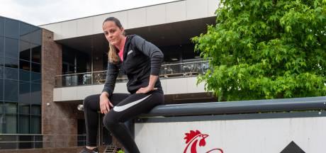 Manon (28) moet haar sportschool in Epe sluiten na klachten van de buren: 'Ik ben in tranen'