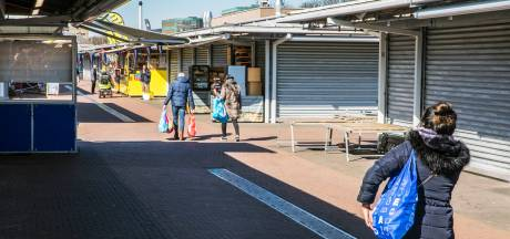 Haagse markt lijkt net een spookstad: 'Ik heb dit nooit eerder meegemaakt'