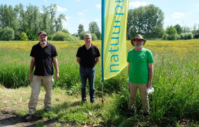 Het beheerteam van Natuurpunt, met Johan Asselberghs, Peter Peeters en Johan Doms.