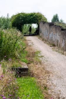 Tot rust komen naast de snelweg; Bergidylle biedt een doorkijkje op het landschap van Lingezegen