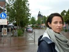 'Agent sloeg makelaar Saskia tijdens rellen Geldermalsen met wapenstok'