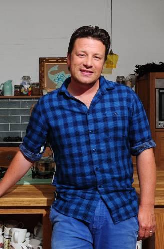 Steeds meer sluitingen en financiële tegenvallers: is Jamie Oliver zijn geloofwaardigheid als chef verloren?