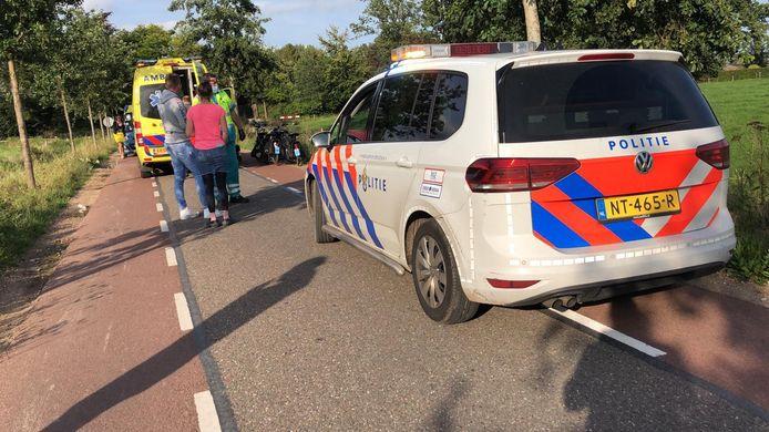 Bij het ongeluk raakten twee solexrijders gewond